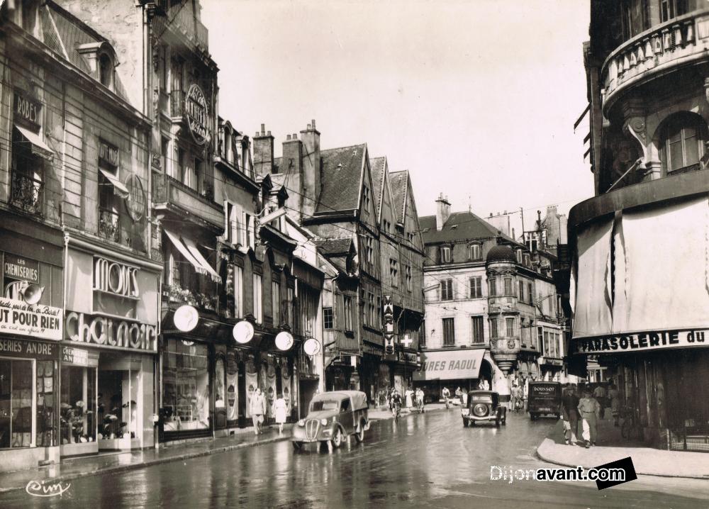 Dijon rue de la liberte 1955.jpg
