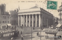 Tramways place du theatre 1911.jpg