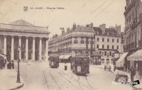 Tramways place du theatre 1915.jpg