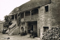 Maison Romane bourguignone.jpg