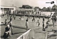 dijon piscine du parc caroussel 1957-2.jpg