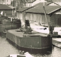 Dijon port du canal annees 40 peniche marocain zoom.jpg