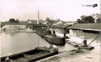 Dijon port du canal annees 40 peniche marocain.jpg