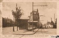 terminus tramway et de l arsenal vue sur caserne dufour.jpg