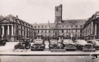 Dijon place de la liberation 1951.jpg